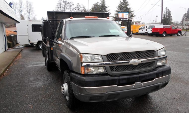 Thumbnail : 2003 CHEVROLET  C3500 HD STAKESIDE FLATBED 8377_SAM_1275-Medium-762x456