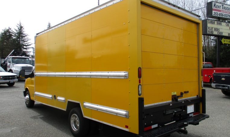 Thumbnail : 2014 GMC G3500 BOX TRUCK 16 FT. 8450_IMG_0565-Medium-762x456