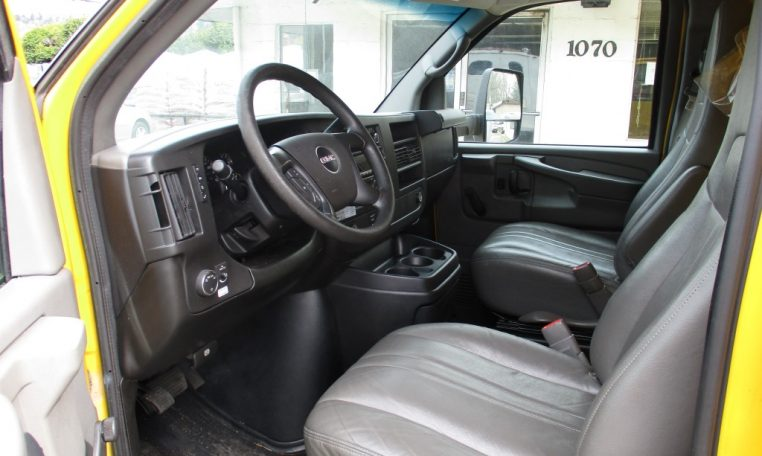 Thumbnail : 2014 GMC G3500 BOX TRUCK 16 FT. 8450_IMG_0570-Medium-762x456