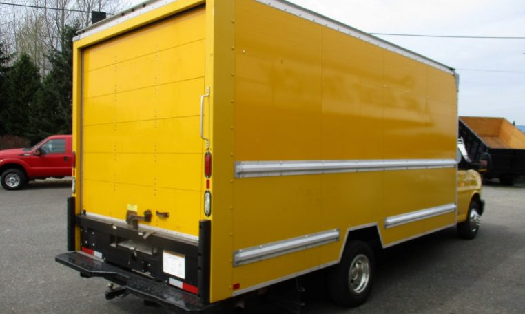 Thumbnail : 2014 GMC G3500 BOX TRUCK 16 FT. 8450_IMG_0573-Medium-762x456