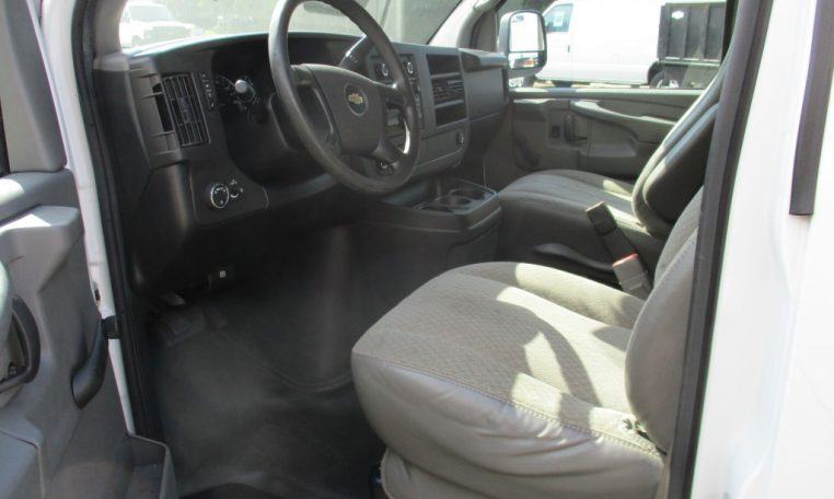 Thumbnail : 2012 CHEVROLET G2500 CARGO VAN 8644_IMG_1106-Medium-762x456