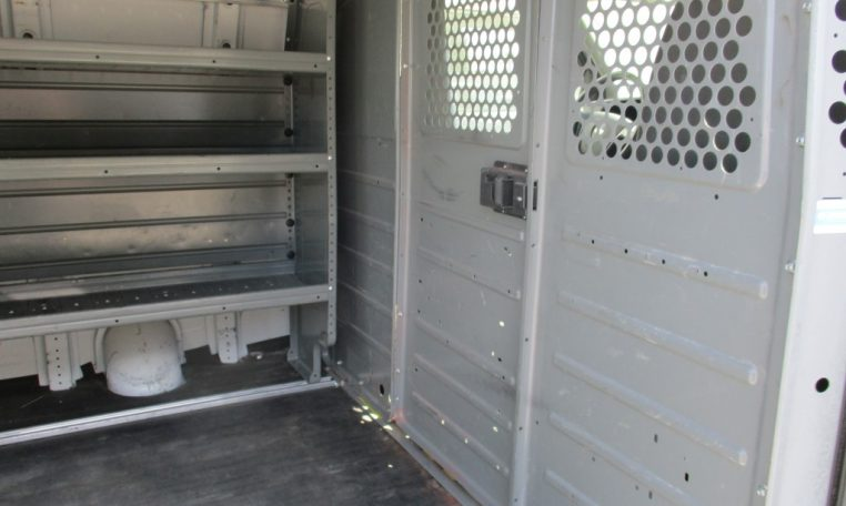 Thumbnail : 2012 CHEVROLET G2500 CARGO VAN 8644_IMG_1108-Medium-762x456