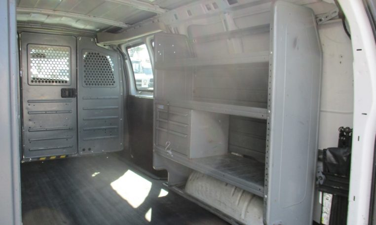 Thumbnail : 2012 CHEVROLET G2500 CARGO VAN 8644_IMG_1112-Medium-762x456