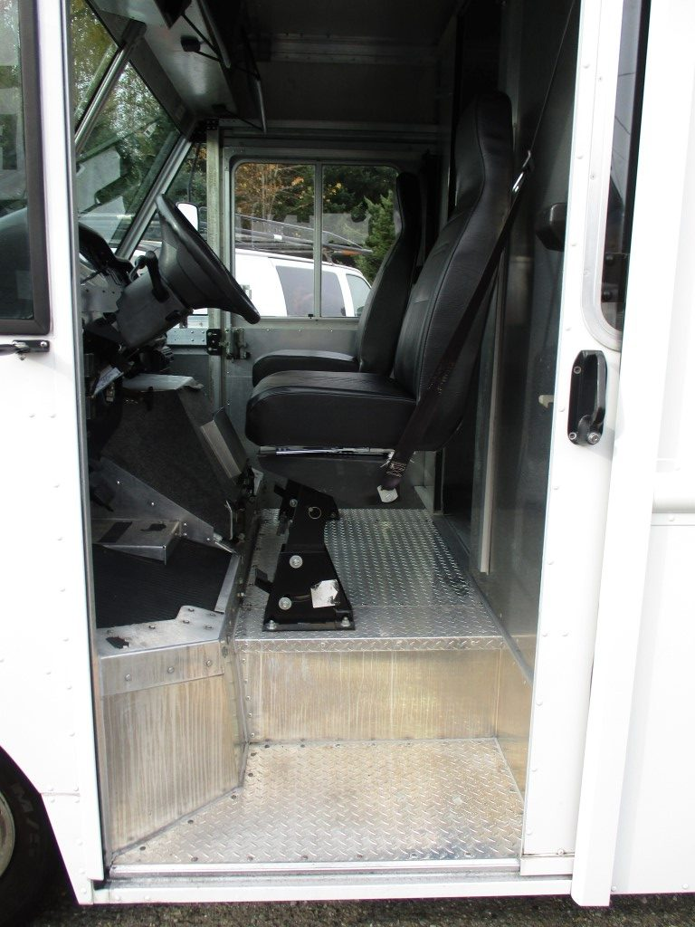2008 FORD E-450 STEP VAN 14 FT. 8659_IMG_1320-Medium-e1573163806403-762x456