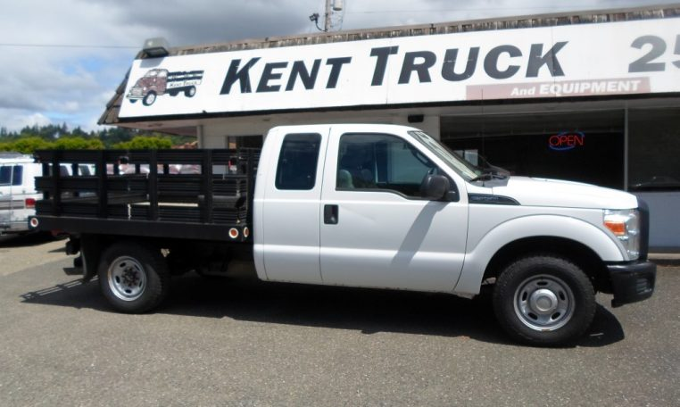 Thumbnail : 2011 FORD F-350 SUPERCAB STAKE BED 8326_SAM_0303-Medium-762x456