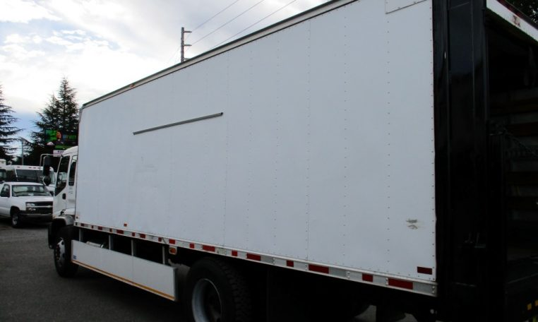Thumbnail : 2000 ISUZU FTR BOX TRUCK 24 FT. 8544_IMG_0051-Medium-762x456
