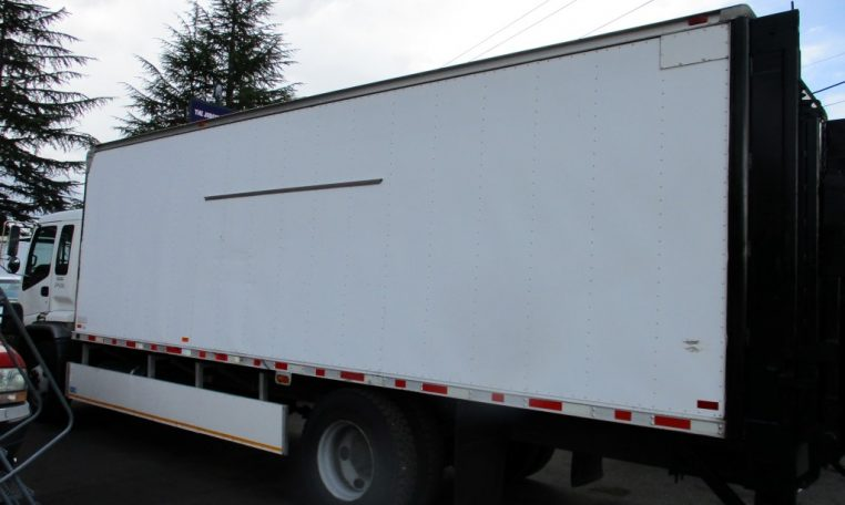 Thumbnail : 2000 ISUZU FTR BOX TRUCK 24 FT. 8544_IMG_0073-Medium-762x456
