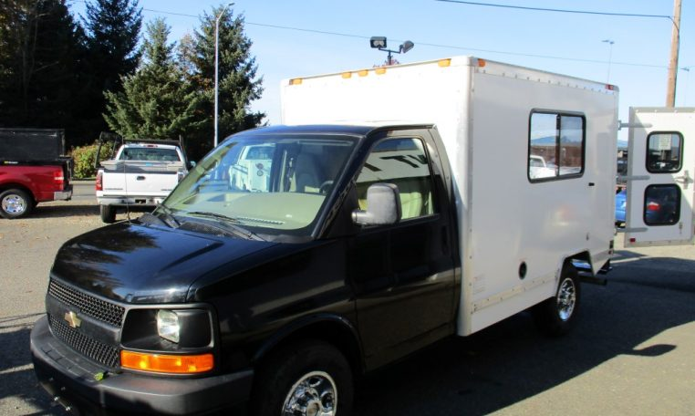 Thumbnail : 2009 CHEVROLET G3500 BOX TRUCK 10 FT. 8570_IMG_0218-Medium-762x456