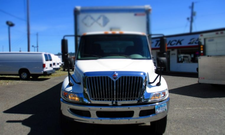 Thumbnail : 2012 INTERNATIONAL 4000 BOX TRUCK 8714_IMG_1769-Medium-1-762x456